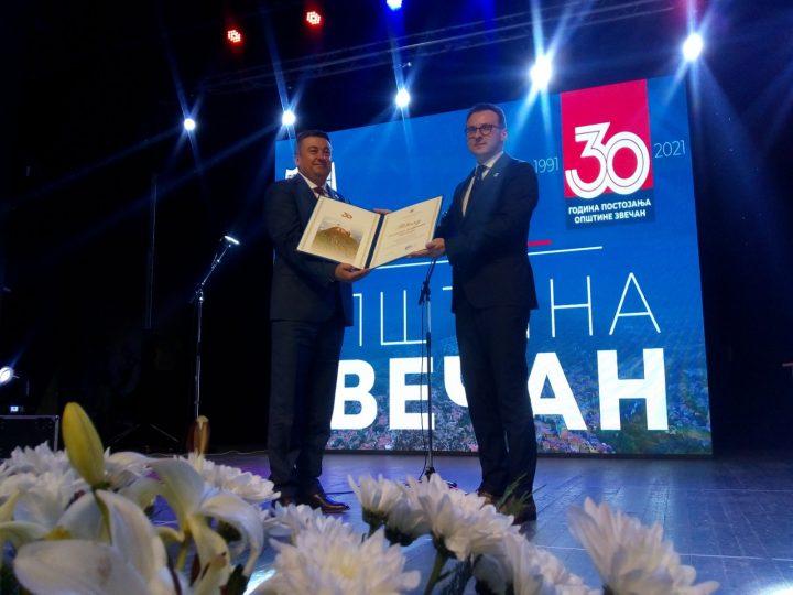 Predsednik Srbije Aleksandar Vučić počasni građanin Zvečana